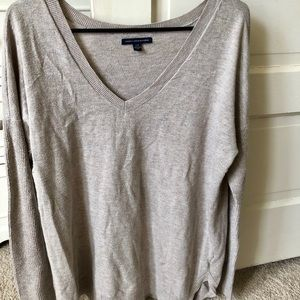 American Eagle long sleeve top size Large cream
